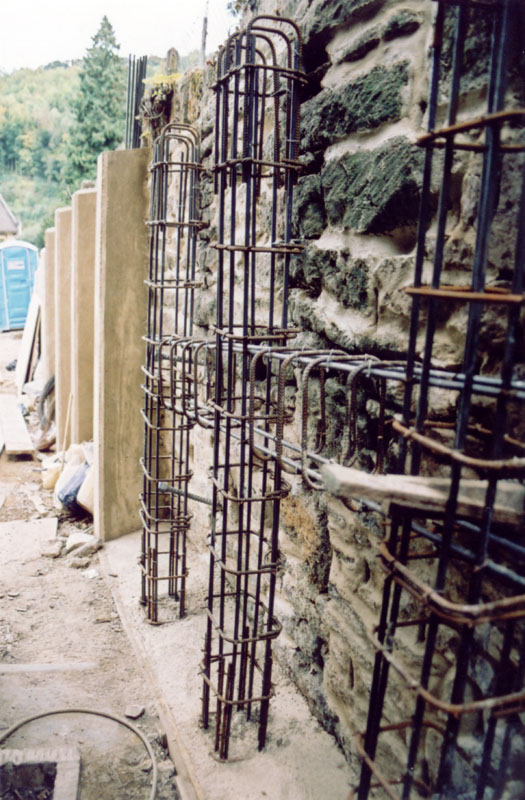 Retaining Wall Construction - Stroud